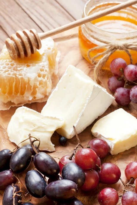 Holiday Snacks: A cheese board is both simple and impressive, especially if you choose the elements of your cheese board carefully.