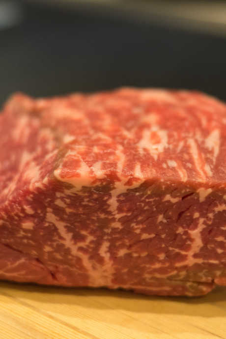 How to Reverse Sear Steak: Look for thicker cuts of well-marbled steak, such as sirloin, tenderloin, or ribeye.