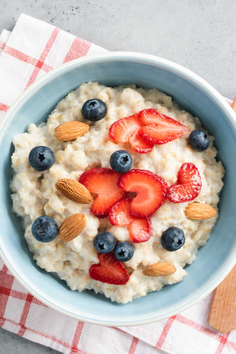 Slow Cooker Breakfasts: Add fresh fruit and nuts to each bowl of oatmeal before serving to vary the texture.