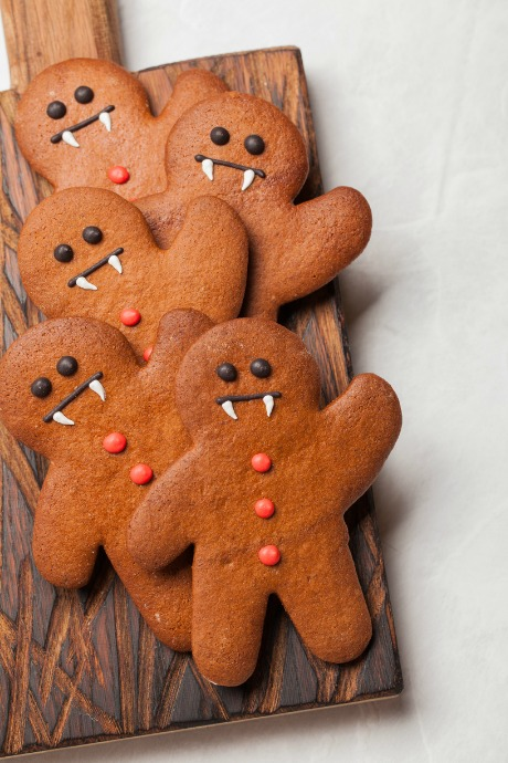 Halloween Desserts: We love these voodoo doll cookies because it's a cool and creepy way to get some more use out of our gingerbread man cookie cutters.